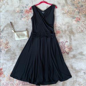 Adrianna Papell black black drop waist dress sz 8